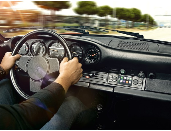 Porsche Classic Communication Management für Modelle mit 1-DIN-Schacht (Europa)
